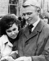 ЛЮБОВЬ, КАК ПЕСНЯ: молодожены Людмила и Леонид Кучма