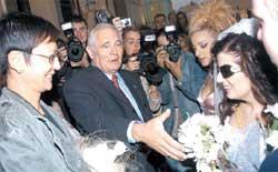 ИРИНА ХАКАМАДА И ЛЕОНИД РОШАЛЬ: свадебные генералы