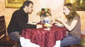 ЗНАКОМСТВО С РУССКОЙ КУХНЕЙ: наша еда пришлась французам не по вкусу