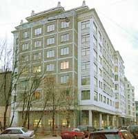 ОКНА ПРИМАДОННЫ НА 7-М ЭТАЖЕ квартиру общей площадью 500 квадратных метров певице подарил бывший зять Руслан Байсаров