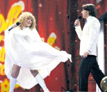 ПРИМАДОННА: соблазняла Галкина и на сцене, и за кулисами