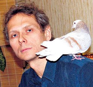 К Константину САБИНИНУ тянутся птицы и звери