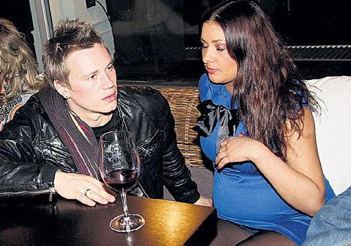 Антон ЗАЦЕПИН с женой КАТЕЙ вскоре ожидают пополнения в семействе