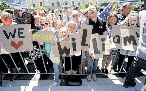 Жители Окленда встретили принца Уильяма улыбками и признаниями в любви