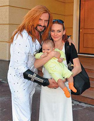 Никита Джигурда, Марина Анисина и их сын Анжель