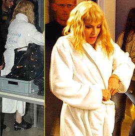 Мадонна в своем любимом банном халате пришла прямо к трапу самолёта
