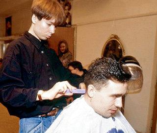 Когда ЗВЕРЕВ ещё был не визажистом, а простым парикмахером, он уже стриг Богдана ТИТОМИРА...