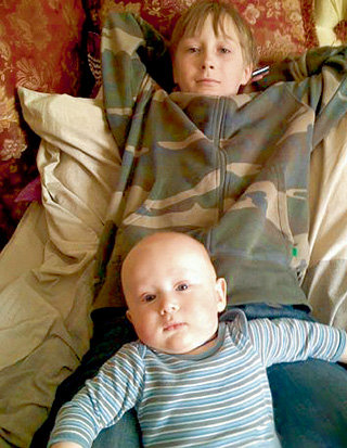 Сыновья актёра - Глеб и Александр (фото odnoklassniki.ru)