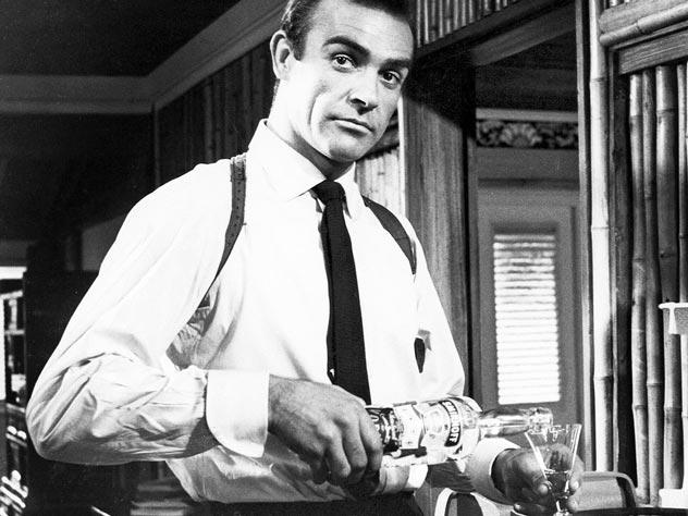 Шон Коннери в роли «агента 007»