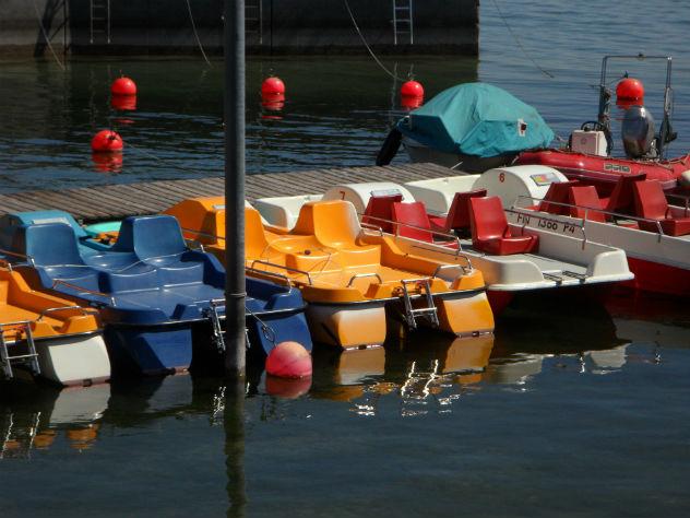 ВВитязево вовремя катания накатамаране утонули мужчина иребенок