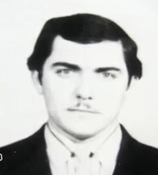 Анатолий Гусейнович Нагиев по кличке «Бешеный». wikipedia