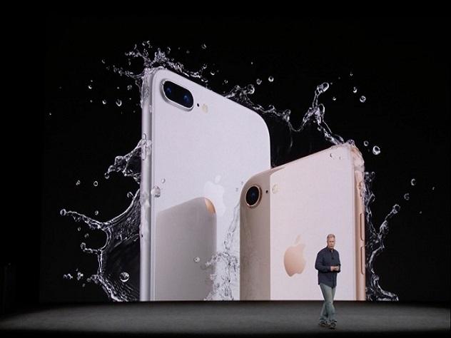 Apple представила юбилейный iPhone Xидве модели iPhone 8
