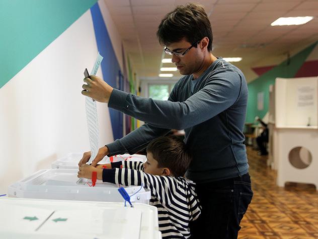 Опобеде навыборах в российской столице  объявил  лидер партии «Солидарность» Илья Яшин