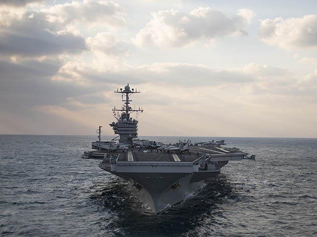 Американские моряки назвали собственный корабль тщетным против ракет КНДР