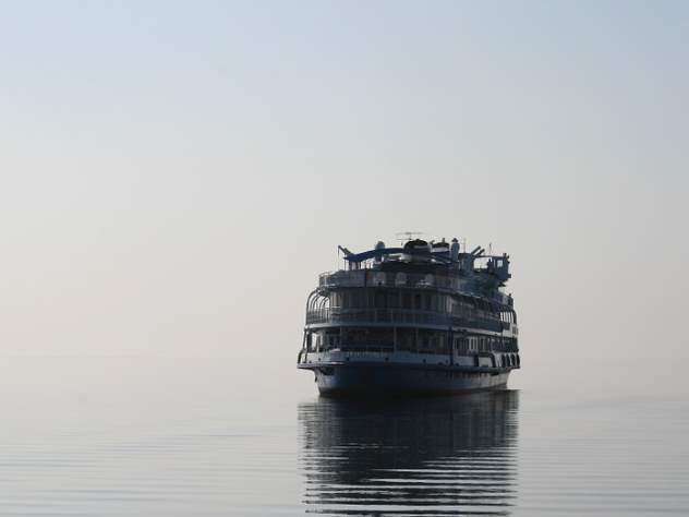 Суд обязал судоходную компанию «Фобос» вывезти свое затонувшее судно изпорта Ульяновска