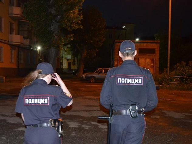 В новейшей столице России шофёр сбил 2-х пешеходов и исчез