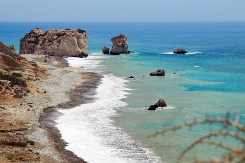 Кипр, где по легенде из пены родилась богиня любви, красоты и брака Афродита. pixabay.com