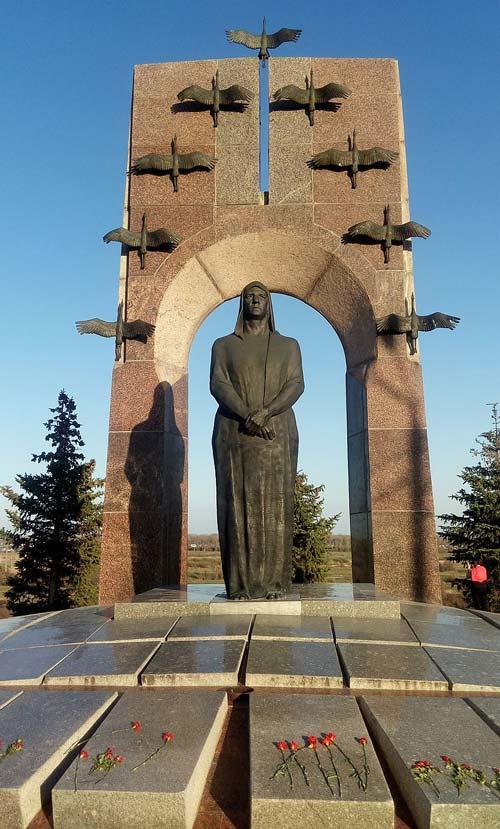 Памятник 7 братьев газдановых нарисовать поэтапно надгробные памятники ювао