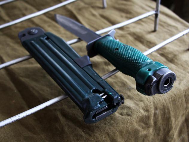 Нож разведчика стреляющий НРС-2 «Взмах»