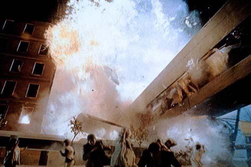 Кадр из фильма «Астероид»