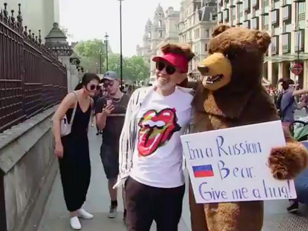 Своеобразное приглашение на ЧМ-2018 в Россию появилось на YouTube