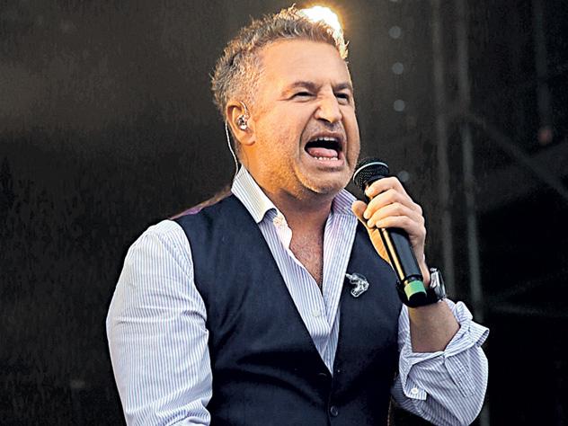 Из-за проспавшей певицы Леониду Агутину пришлось спасать рок-фестиваль