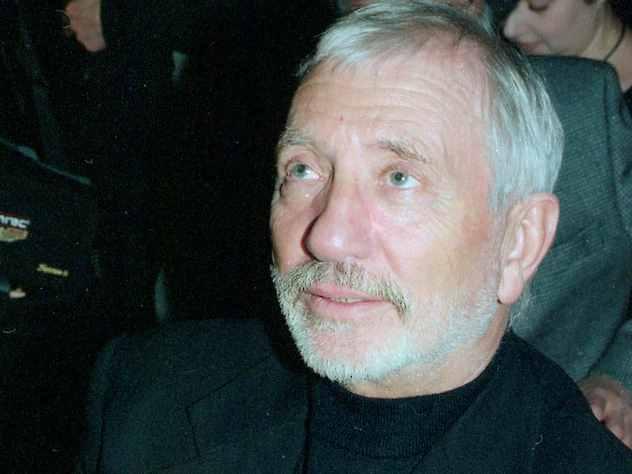 Известный сценарист, драматург и писатель Виктор Мережко рассказал подробности своего знакомства со Станиславом Говорухиным.