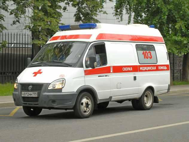 В Магнитогорске Челябинской области восьмиклассница умерла после выпитых полутора литров джин-тоника. В результате девушка получила сильнейшее отравление алкоголем.