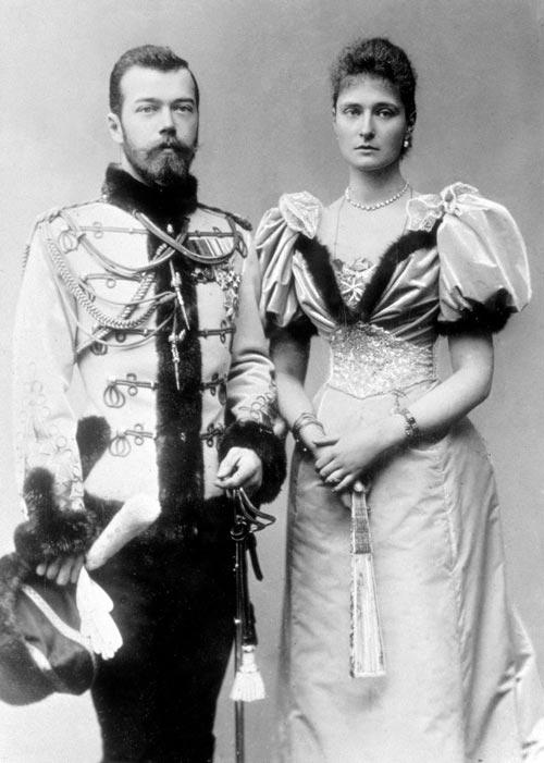 Николай II и его жена Александра Федоровна. Источник: wikipedia.org