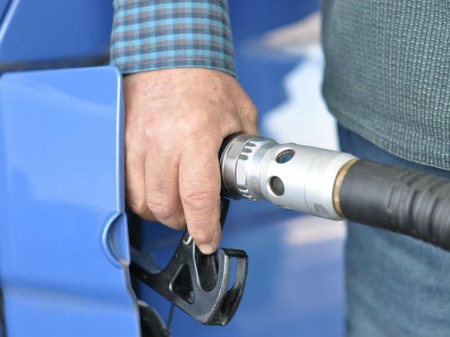 Водители не могут заправиться из-за отсутствия на станциях бензина