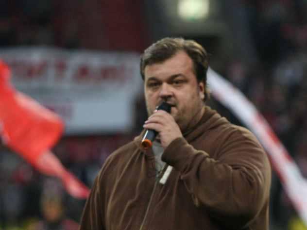 Василий Уткин на YouTube заявил, что больше не будет комментировать матчи чемпионата мира по футболу на Первом канале.