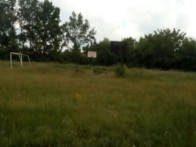 В алтайском селе трибуны стадиона демонтируют во время ЧМ-2018