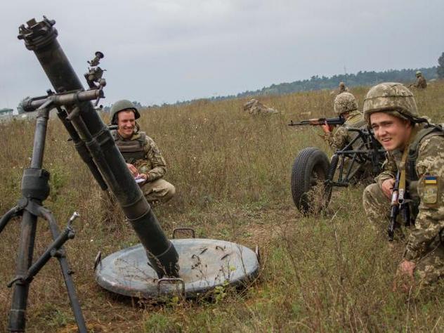 Во время учений на Украине погибли трое солдат