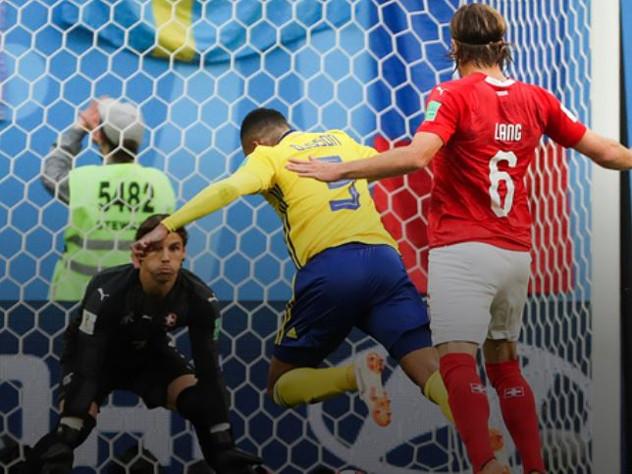 Сборная Швеции переиграла в 1/8 финала Швейцарию