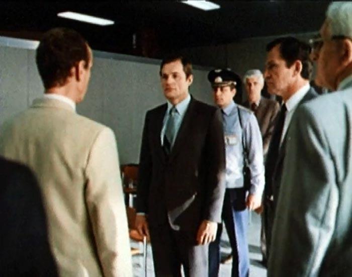 Кадр из фильма «Рейс 222», 1985 г.