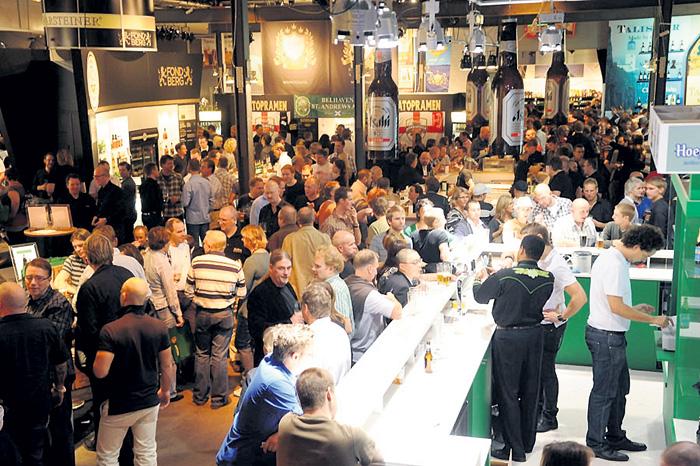 Уровень скандинавской жизни настолько высок, что местные жители спокойно выкладывают в баре за кружку пива по 10 евро, хотя в магазине оно стоит в десять раз дешевле