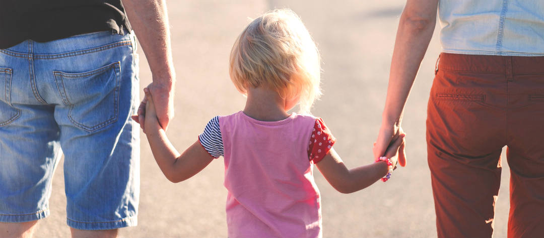 Ребенок переживает развод