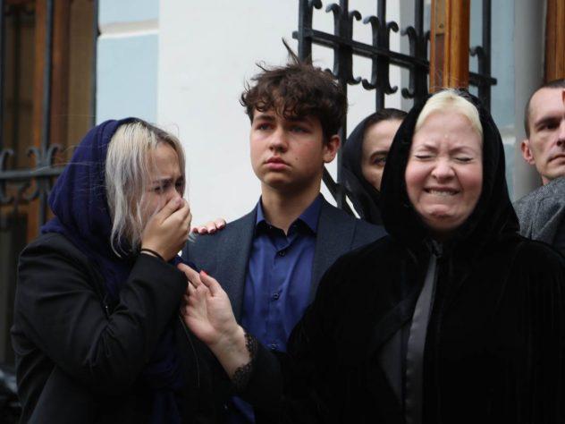 Вдова и младшие дети Вилли Токарева