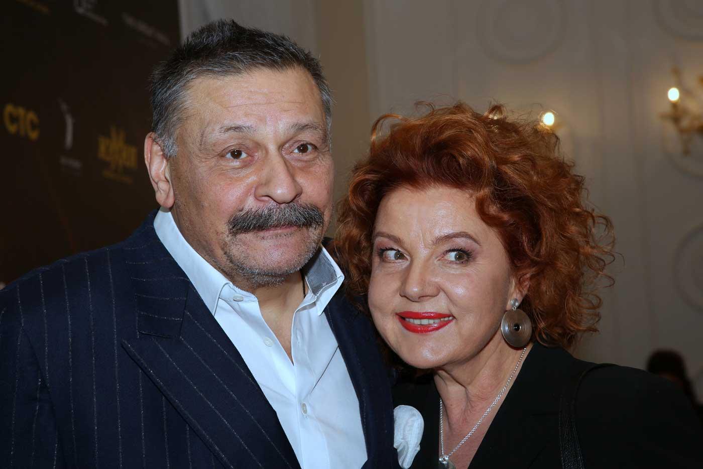 Фото жены дмитрия назарова