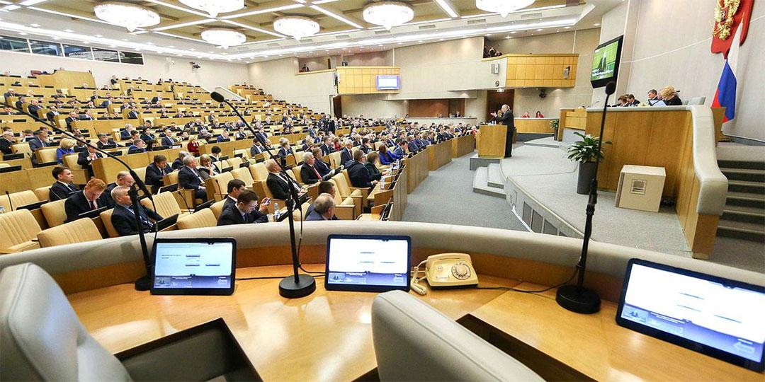 COVID-19 может превратить каждого пятого депутата Госдумы в потенциального «психа». Фото: Globallookpress.com
