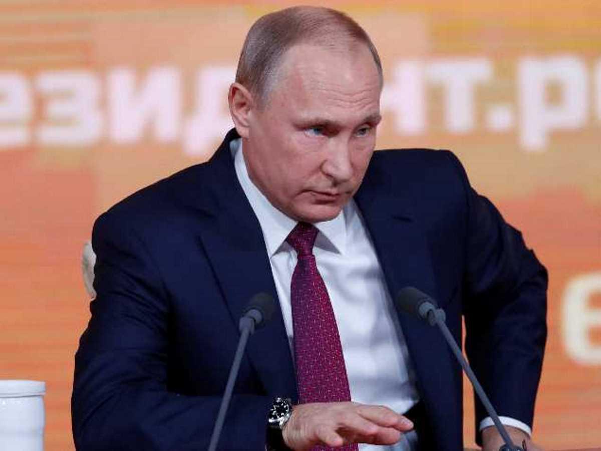 Путин распорядился начать массовую вакцинацию россиян