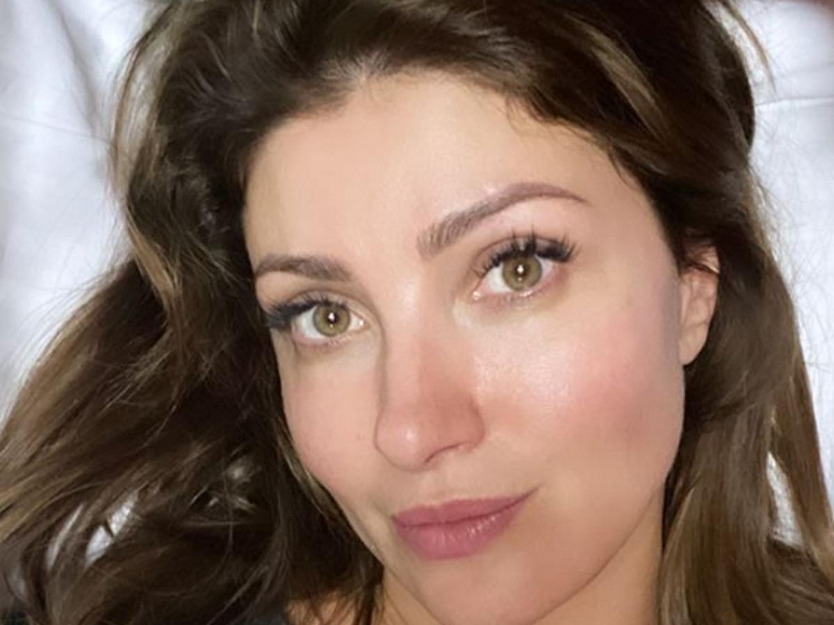 «Меня не касается»: Анастасия Макеева высказалась о брошенных ее женихом жене и четверых детях