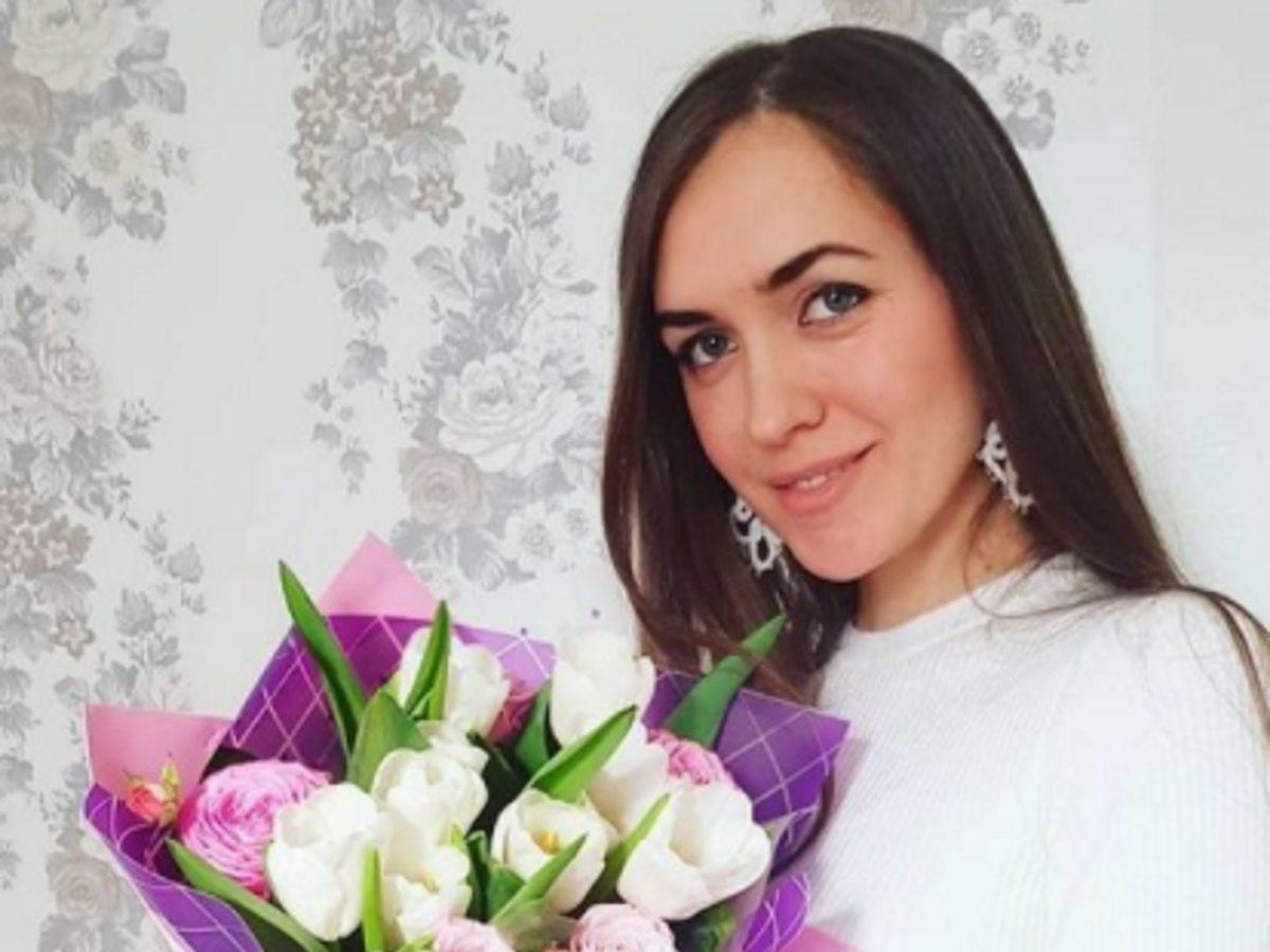 Родила дочь не от мужа: глубоко верующую Марию Адоевцеву из «Дома-2» поймали на измене со священником