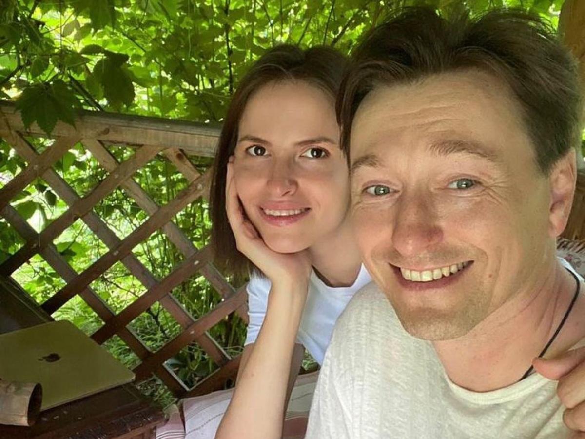 «Это настоящая любовь»: Сергей Безруков похвастался успехами двухлетнего малыша
