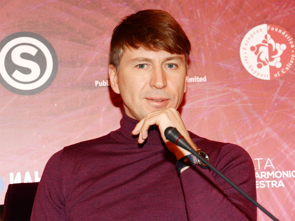 «Когда опоздал на ужин с Тотьмяниной»: Ягудин показал жуткую травму головы